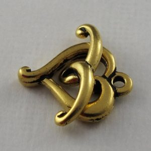 Toggle Clasp, Gold Ant., Jubilee Heart, 14 x 15 mm, Curved bar 19 mm