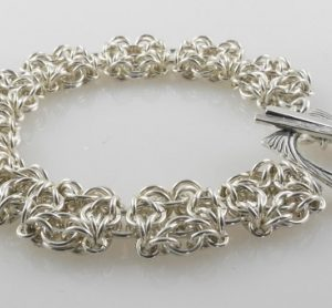 Celtic Labyrinth Bracelet AS (Intermediate)