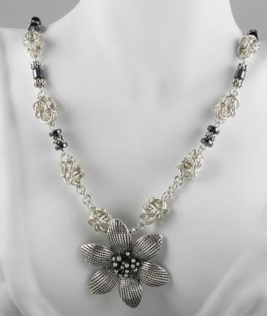 Byzantine Knot Necklace SF (Intermediate)