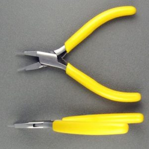 Pliers, Step, Flat Nose, 2 mm tip