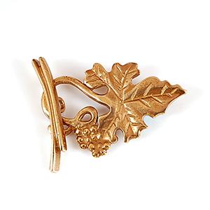 Toggle Clasp, Brass, Grape Leaf